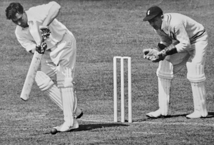 Compton Lord's 5.1954, Leo